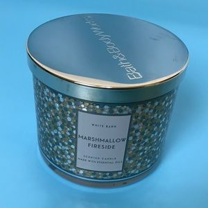 White Barn Marshmallow Fireside 3Wick Candle NEW